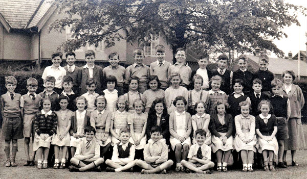 Banstead County Primary School 1952 or 1954