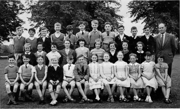 Banstead village School Group Photo Contributed by Ian Morris